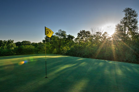 Indian Hills Golf and Country Club Cover Picture