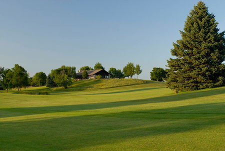 Overview of golf course named Indian Hills Golf Club