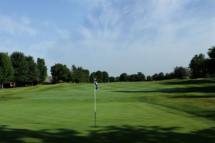 Andover golf and country club cover picture