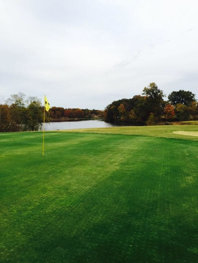 Benton golf and country club cover picture