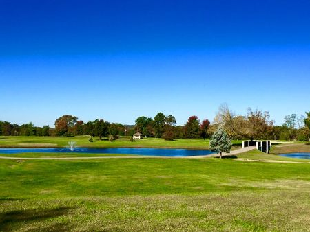 Lindsey Golf Course Cover Picture