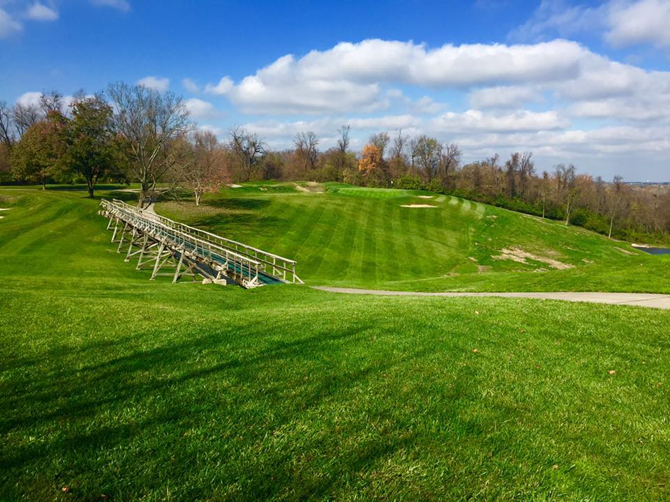 Overview of golf course named Louisville Country Club