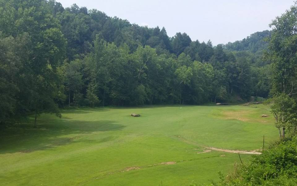 Overview of golf course named Sag Hollow Golf Club