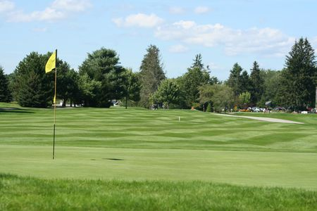 Overview of golf course named Willowdale Golf Club