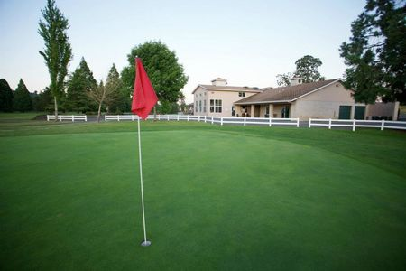 Oak Knolls Golf Club Cover Picture