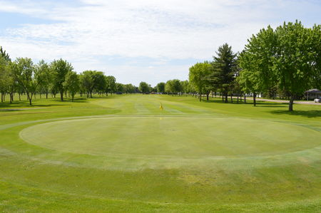 Rich spring golf club cover picture