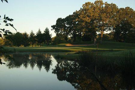 Como Golf Course Cover