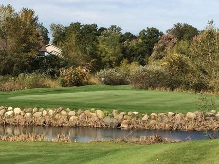 The Ponds Golf Club Cover Picture
