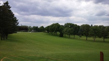 Roseville Cedarholm Golf Course Cover Picture