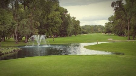 Benson golf club cover picture