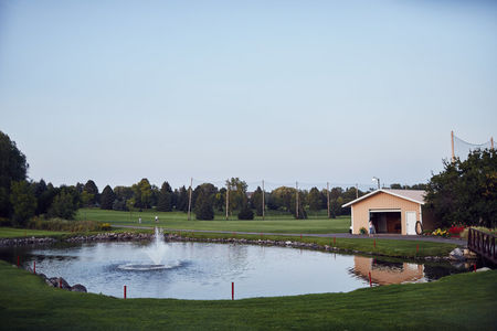 Hollydale Golf Club Cover Picture