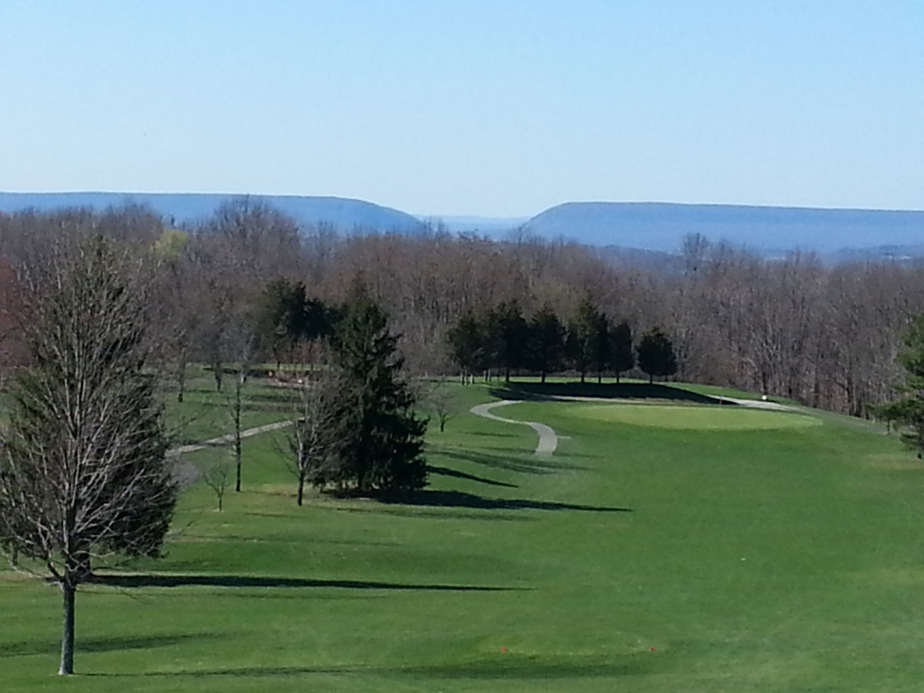 Apple mountain golf and country club cover picture