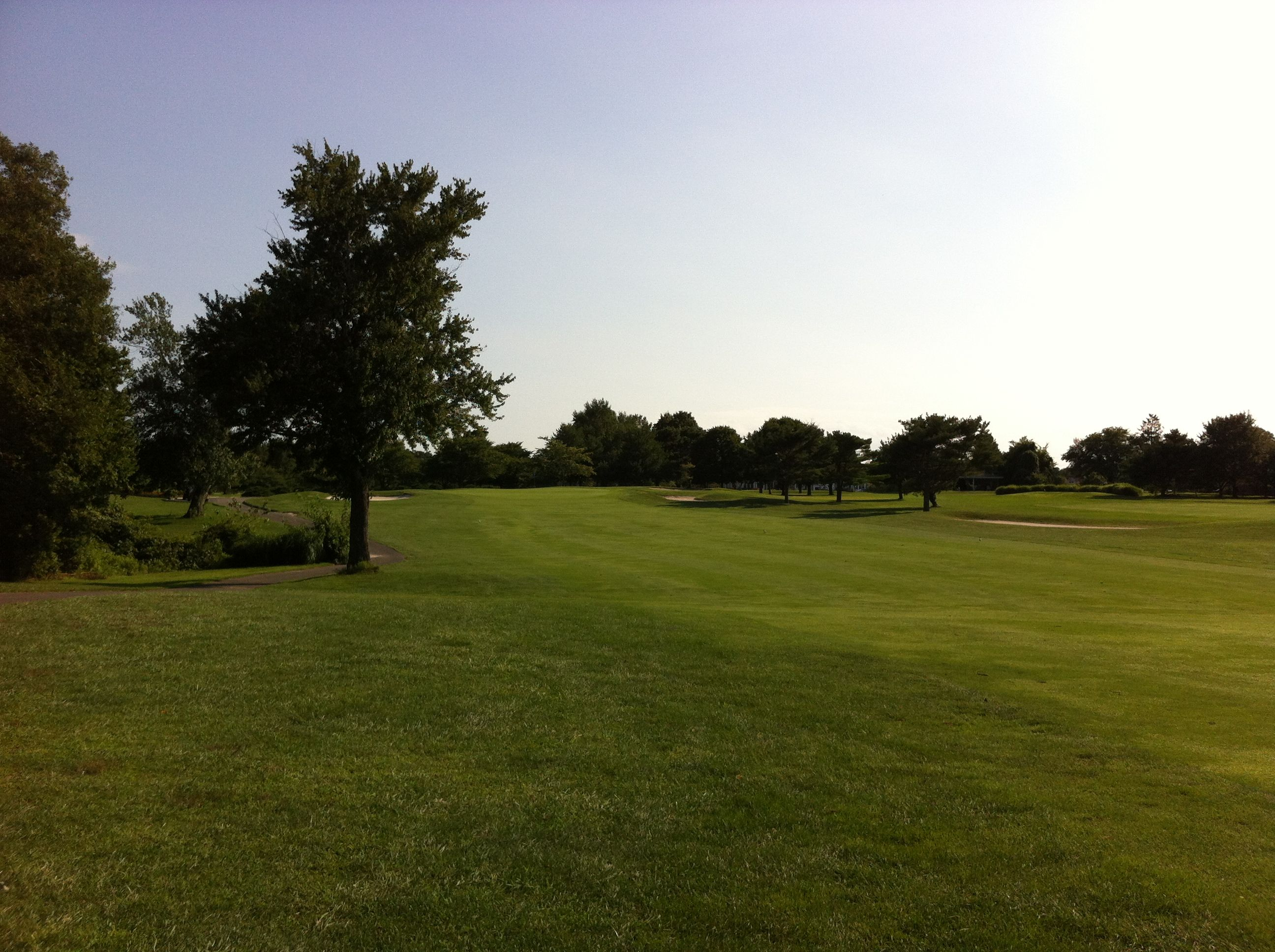 Avalon golf club cover picture
