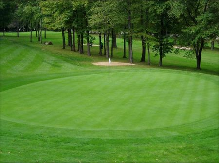 Overview of golf course named Millburn Municipal Golf Course