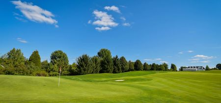 Skyview Golf Club Cover Picture