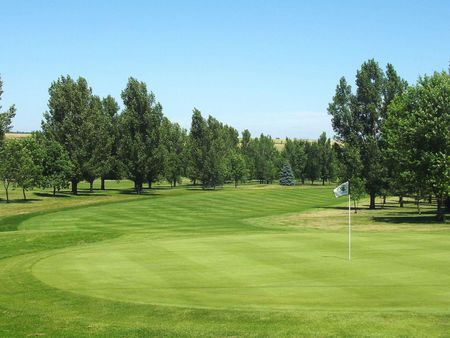 Jamestown Country Club Cover Picture