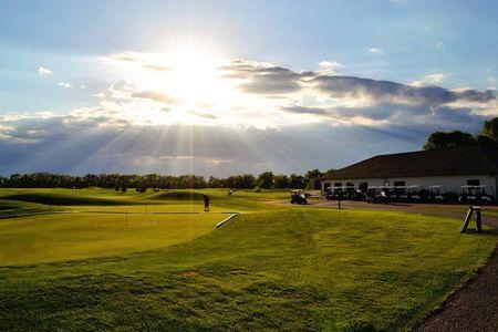 Crossroads Golf Course Cover Picture