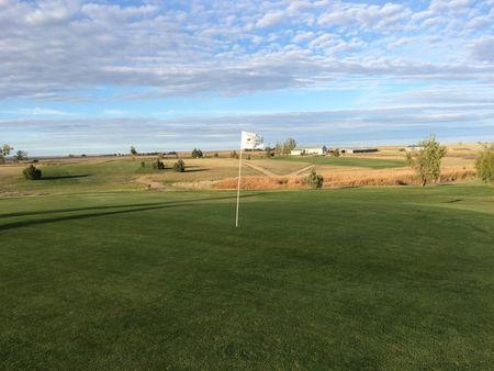 Overview of golf course named Newell Golf Course