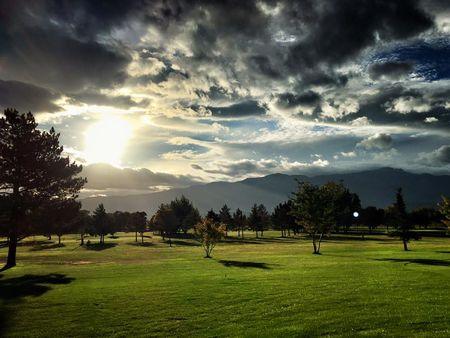 Cove View Golf Course Cover Picture