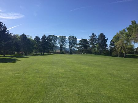 Oakridge Country Club Cover Picture