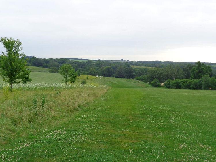 Argue ment golf course cover picture