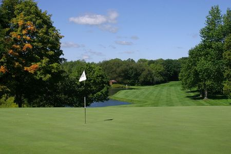Oconomowoc Golf Club Cover Picture