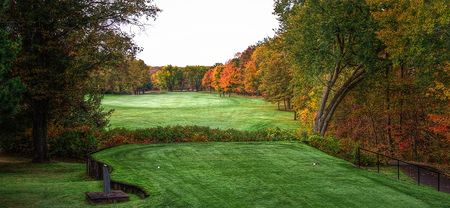 Spooner golf club cover picture