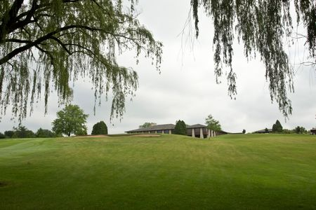 Tuckaway Country Club Cover Picture
