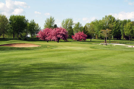 Overview of golf course named Fox Valley Golf Club