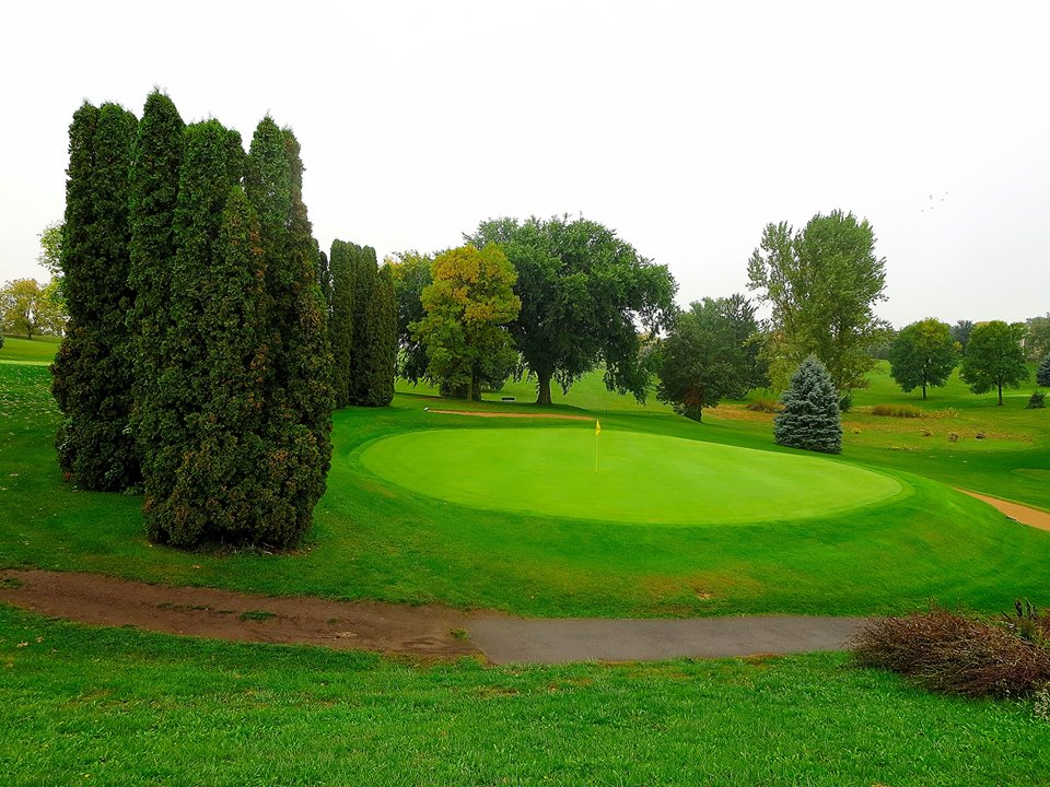 Overview of golf course named Norsk Golf and Bowl