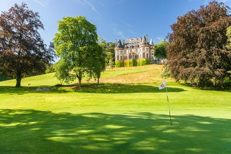 Exclusiv Golf Club Du Chateau de Bournel Cover