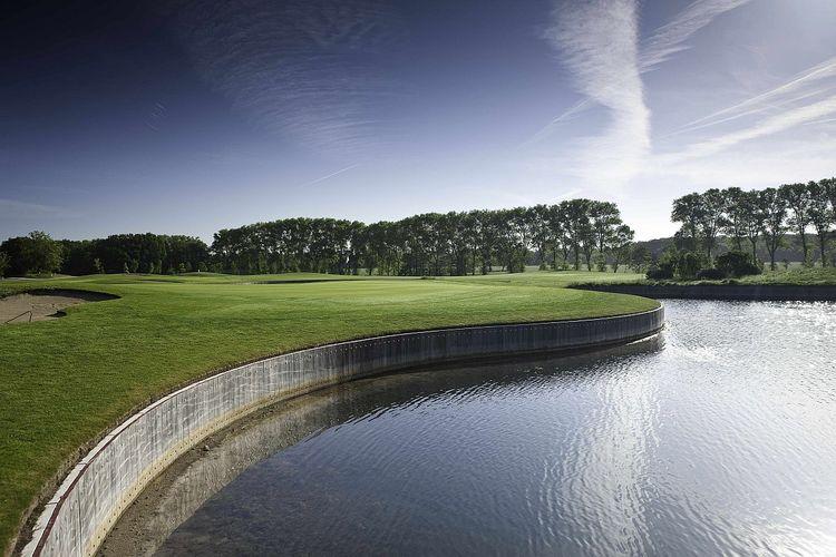 Gut glinde golf club cover picture