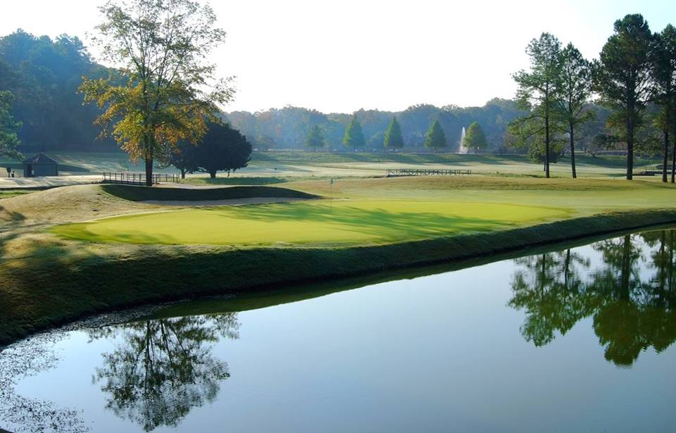 Overview of golf course named Hoover Country Club