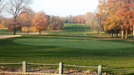 Overview of golf course named Elmwood Golf Course