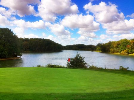 Carthage golf course cover picture