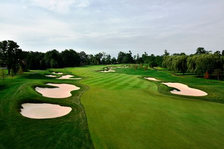 Sycamore Hills Country Club Cover Picture