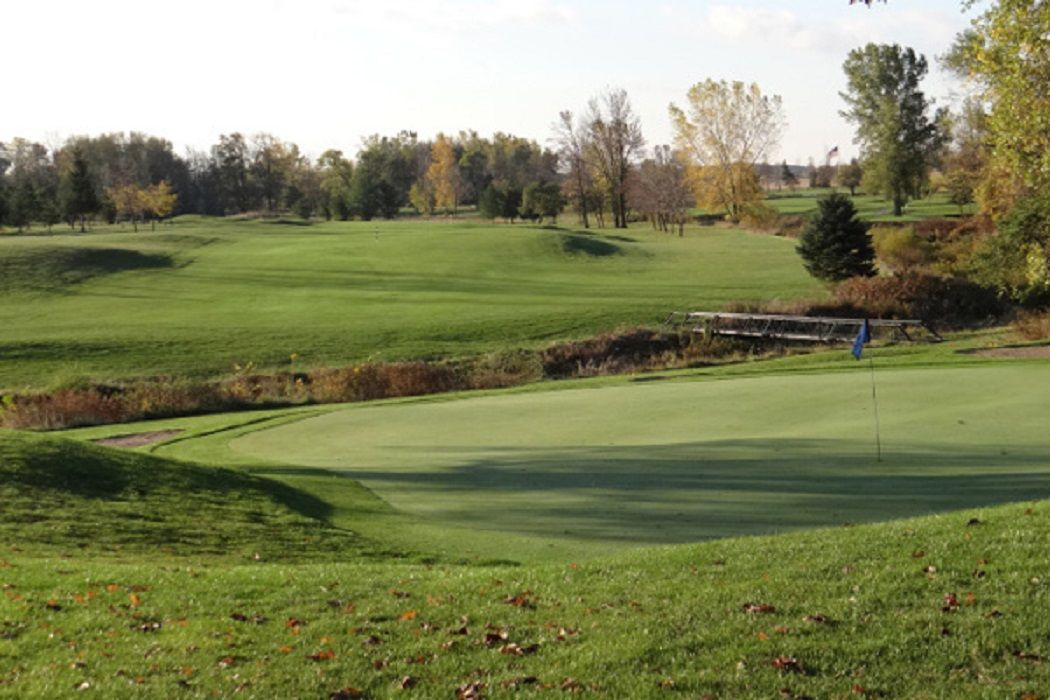 Bird creek golf club cover picture