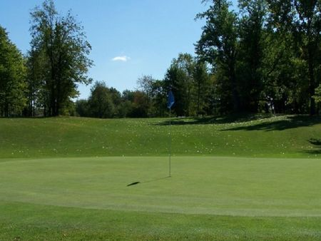 Chisholm hills golf club cover picture