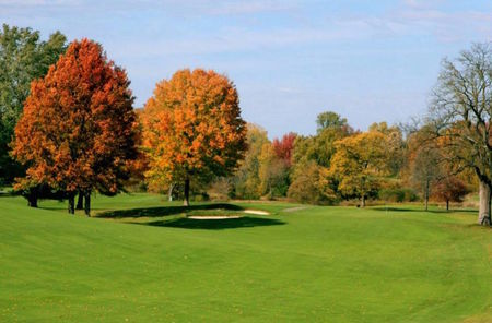 Overview of golf course named Walnut Hills Country Club