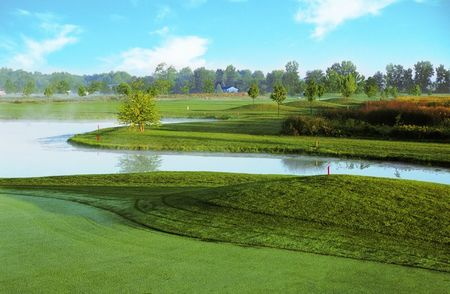 Swan valley golf course cover picture