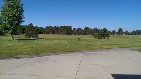 Overview of golf course named Redwood Golf Course