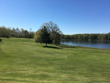 Overview of golf course named Clear Lake Golf Club