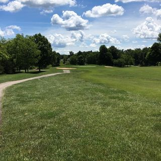 Country lake golf course cover picture