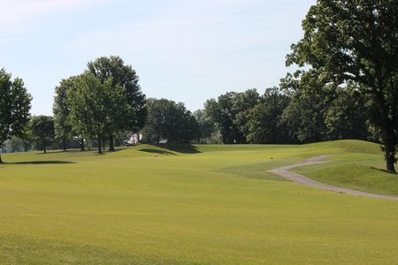 Overview of golf course named Warrenton Golf Course