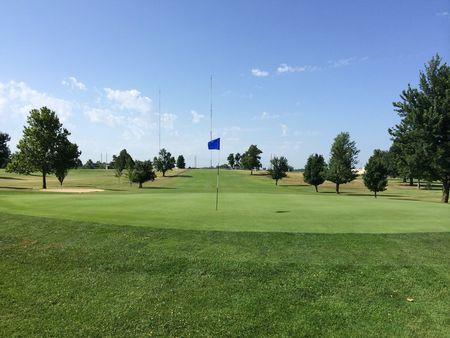 Schifferdecker golf course cover picture