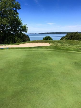 Crofton lakeview golf course cover picture