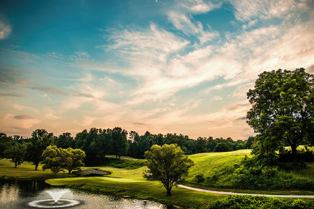 Oakwoods Country Club Cover Picture