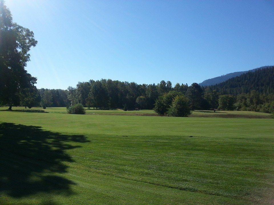 Applegate river golf club cover picture