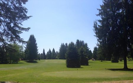 Overview of golf course named Greenlea Golf Course