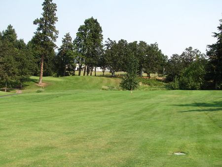 Overview of golf course named Hood River Golf and Country Club